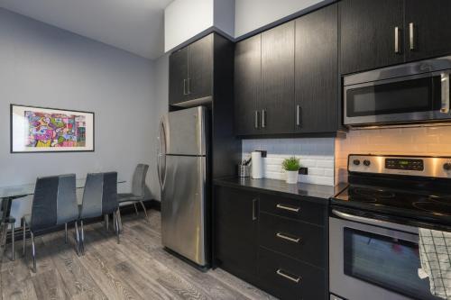 Applewood Suites - West Queen West Loft - Toronto, ON M6J 1J5