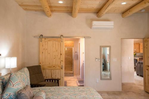 2 Bedroom - 10 Min. Walk To Plaza - Casa Estrella