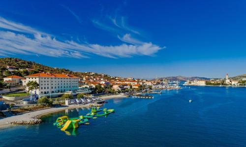 Put Gradine 6, 21220 Trogir, Croatia.