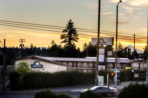 Days Inn Portland Central Photo