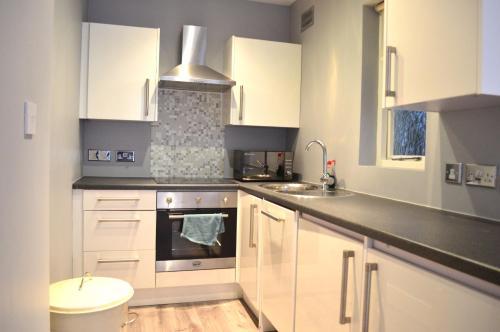 1 Bedroom Flat In The Heart Of Kensington