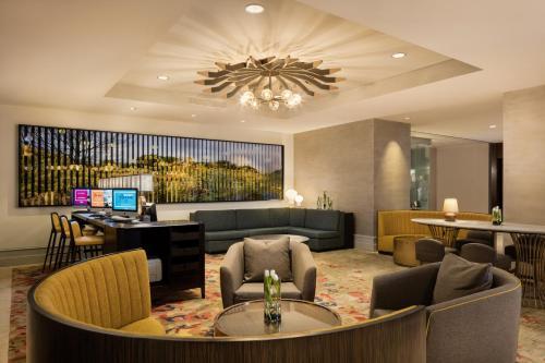 Hilton Austin photo 25