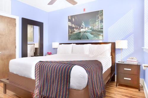 York Street Condo 301 - Two-bedroom - Savannah, GA 31401
