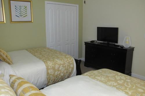 Champions Gate 8bed / 5b Pool Home Game Room Pet Friendly - Davenport, FL 33896