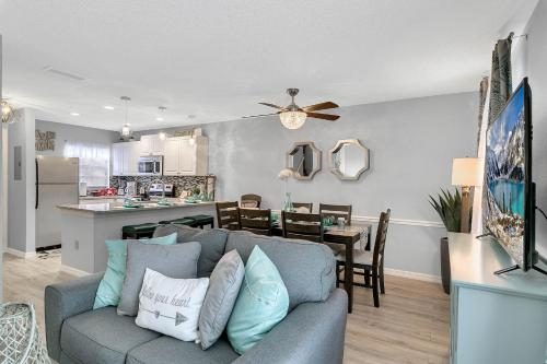 Luxury Townhome Close To Water Park - Kissimmee, FL 34746