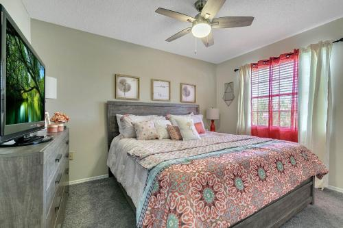 Townhouse Minutes From Water Park - Kissimmee, FL 34746
