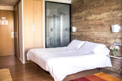Double Room with Garden View - single occupancy Agroturismo Haitzalde B&B - Adults Only 3