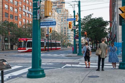 Downtown Luxury Loft - Toronto, ON M5V 3P7
