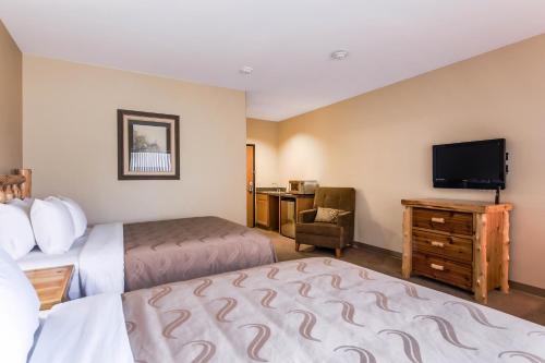 Quality Inn - Selah Photo