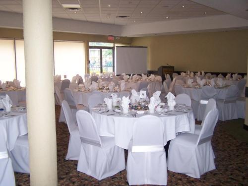 Sunbridge Hotel & Conference Centre
