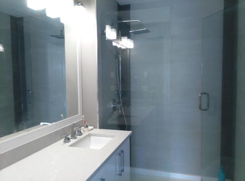 Brand New Townhouse - New Westminster, BC V3M 5M3