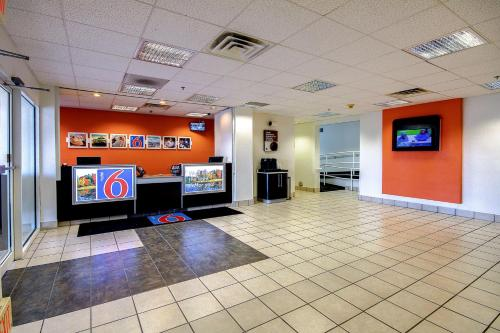 Motel 6 King of Prussia Photo