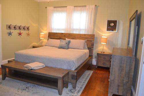 Starfish House - Ford Era Home Family/pet Friendly - Richmond Hill, GA 31324