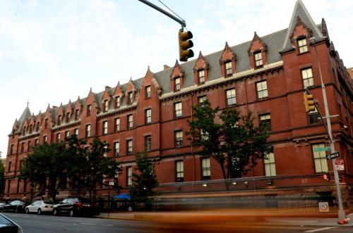 HI NYC Hostel Photo