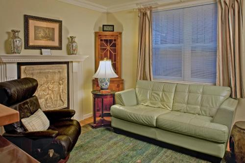 Galloway House Inn - Savannah, GA 31401