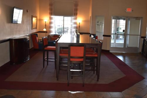 Hawthorn Suites Las Vegas Photo