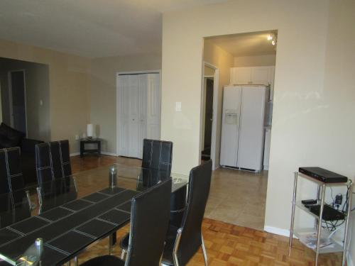 Toronto Furnished Living- Scarborough - Scarborough, ON M1P 2B7