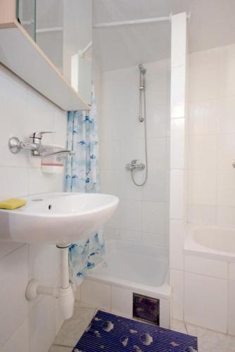 Apartment Vis 8869b