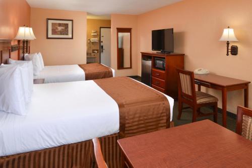 Americas Best Value Inn & Suites Photo