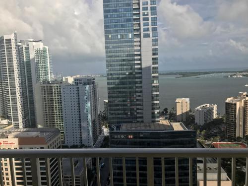 Miami 4Days - One Broadway Photo