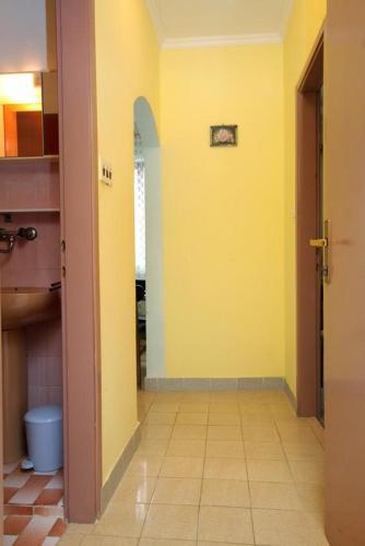 Apartment Zavalatica 183e