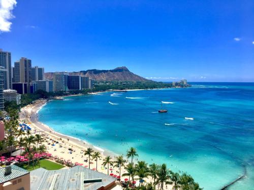 Aston Banyan Oceanview Luxury Suite - Honolulu, HI 96815