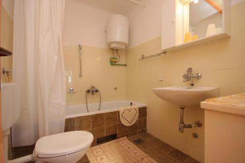 Apartment Valtura 7419a