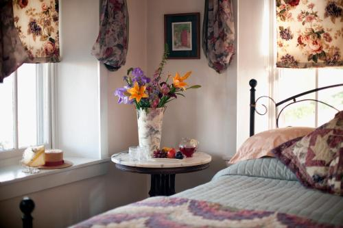 Artists Inn & Gallery - Terre Hill Pa - Bed And Breakfast - Terre Hill, PA 17581