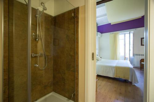 Habitación Doble Económica Hotel La Freixera 5