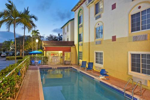 TownePlace Suites by Marriott Fort Lauderdale Weston Photo