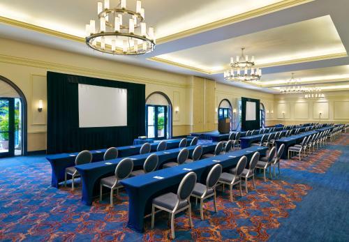 Sheraton Tampa Riverwalk Hotel Photo