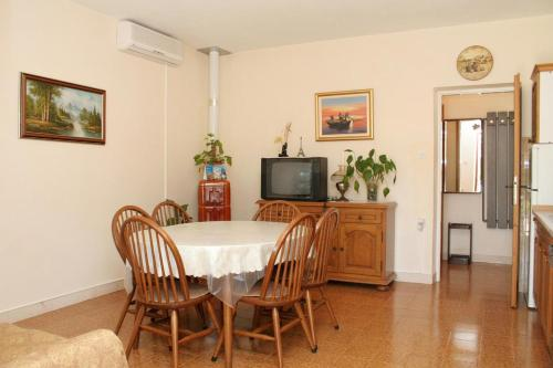 Apartment Lumbarda 4473a