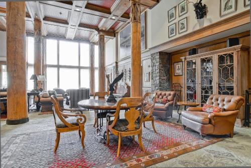 Mccoy Peak Lodge 101