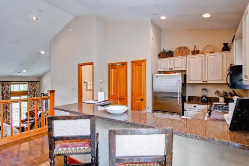 Meadows Townhome M2 - Beaver Creek, CO 81620