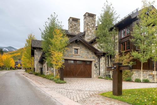 Village Walk 59 - Beaver Creek, CO 81620