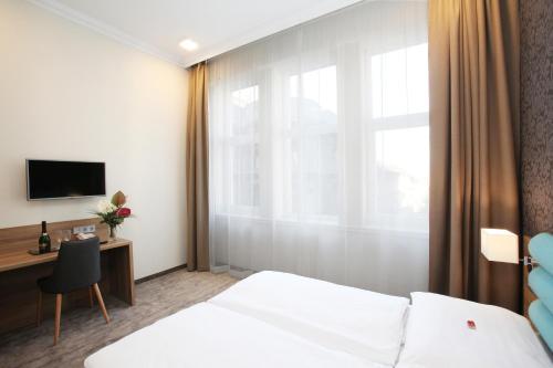 Medosz Hotel photo 57