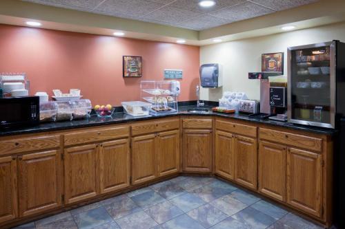 Paynesville Inn & Suites Photo