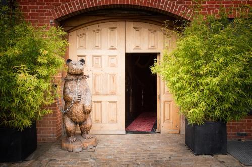 Crazy Bear Beaconsfield - 7 of 58
