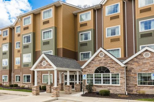 Microtel Inn & Suites by Wyndham Steubenville Photo