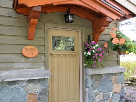 Carriage House-tecumseh's Stall
