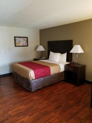 Econo Lodge Yakima Photo