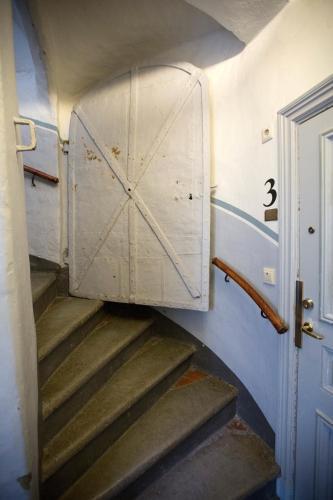 Lady Hamilton Apartments photo 44