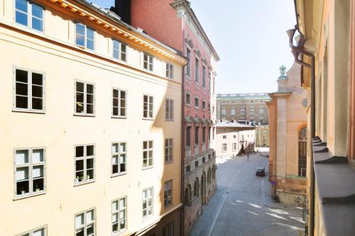 Lady Hamilton Apartments photo 46