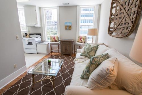 Liberty Landing - One-bedroom - Savannah, GA 31401