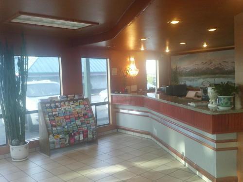 Sunrise Inn - Everett, WA 98208