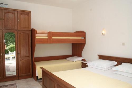 Apartment Trstenik 4566a