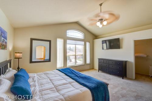 Four-bedroom Retreat In Colorado Springs - Colorado Springs, CO 80923