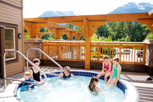 The Executive Suites Hotel And Resort Squamish - Squamish, BC V0N 1T0