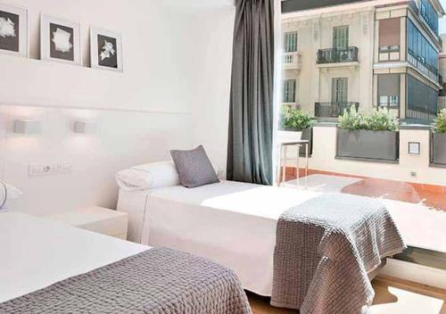 Apartment with Terrace Hotel Murmuri Barcelona 9