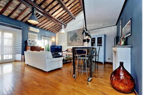 Penthouse Sistina Apartment